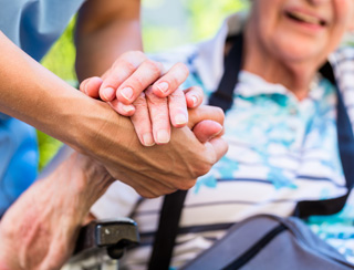 In Home Care West Bloomfield MI: Hospice Care - CareOne Senior Care - elder1